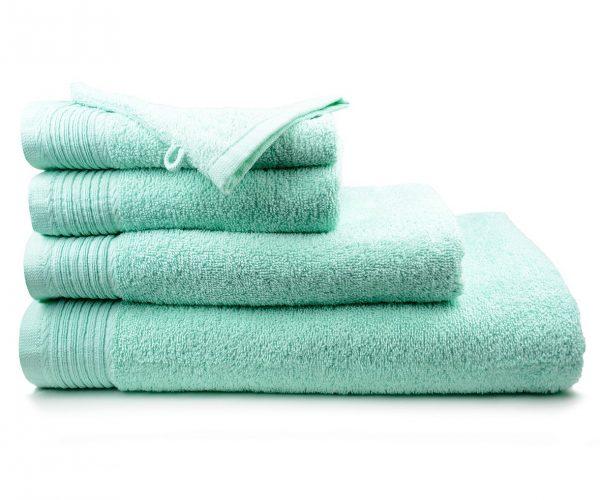 Luxe handdoek douchelaken 70 x 140 mintgroen