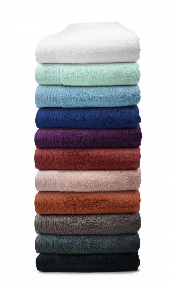 Luxe handdoek douchelaken 70 x 140 borduren met Naam Tekst Logo