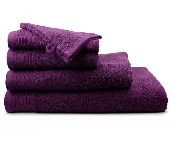 Luxe handdoek douchelaken 70 x 140 donkerpaars plum